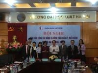 Bàn giao công tác lãnh đạo Trường ĐH Luật Hà Nội