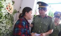Cán bộ, người dân tỉnh Đồng Nai chung tay chia sẻ gia đình hiệp sĩ Nguyễn Hoàng Nam