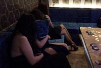 Nữ tiếp viên nhà hàng, quán karaoke trá hình thoát y, bán dâm tiền triệu
