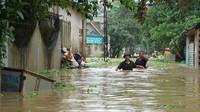 Mưa bão số 4 làm 10 người chết và mất tích