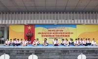Học sinh tiểu học cũng hào hứng hưởng ứng ngày Pháp luật Việt Nam