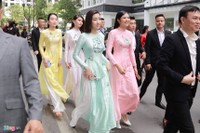 Dàn xe sang, phù dâu xinh đẹp trong lễ rước dâu á hậu Thanh Tú