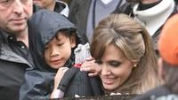 Pax Thiên Jolie có thực sự hạnh phúc khi là con nuôi minh tinh Angelina?
