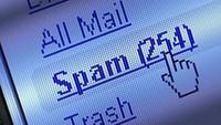 """""""Mã độc"""" gửi tin nhắn """"móc túi"""" người dùng 3,9 tỷ đồng/ngày"""