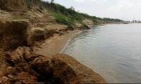 Quảng Nam: Báo động sông 'nuốt' nhà dân vì khai thác cát ồ ạt