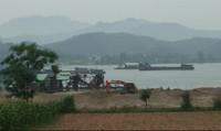 Khai thác cát trên Sông Đà: Cần bảo vệ tài nguyên và quyền lợi người dân