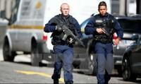 Pháp phá 7 âm mưu tấn công khủng bố