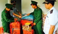 """Kon Tum: Nóng bỏng """"cuộc chiến"""" buôn lậu pháo từ Lào về Việt Nam dịp cuối năm"""