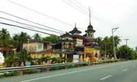 Độc đáo ngôi chùa thờ hàng trăm tượng Phật, Tiên, Thánh ở miền Tây