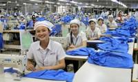 Khám sức khỏe sinh sản cho lao động nữ ở khu công nghiệp
