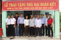 """Phuc Khang Corp trao nhà """"đại đoàn kết"""" và tặng quà cho nhiều gia đình khó khăn"""
