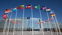 Tổng thống Mỹ đòi NATO tăng gấp đôi chi tiêu quốc phòng