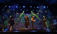 """Show Boney M """"Lửa trại hè"""" tại Vinpearl Nha Trang: Âm nhạc quyết rũ mọi thế hệ"""