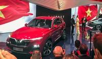 Bộ đôi xe VinFast chính thức lộ diện tại Paris Motor Show
