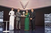 """VinFast được vinh danh giải thưởng """"Ngôi sao mới"""" tại Paris Motor Show"""
