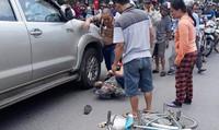 Khởi tố tài xế đi ngược chiều, lùi xe tông chết bà cụ