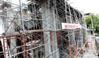 Sập sàn bê tông nhà đang xây, 2 phụ nữ thiệt mạng