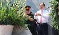 Chủ tịch nước tri ân liệt sĩ và tặng quà Mẹ Việt Nam Anh hùng tại Đồng Nai