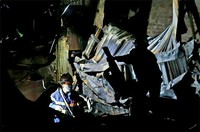 2 thi thể nghi là vợ chồng trong đống đổ nát sau đám cháy gần Viện Nhi