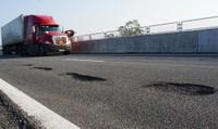Ổ gà 'lởm chởm' trên cao tốc  Đà Nẵng – Quảng Ngãi, Tổng giám đốc bị xử lý