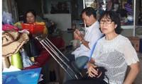 Người phụ nữ 12 năm truyền nghề miễn phí cho người khuyết tật