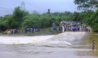 9 người gặp nạn do lũ cuốn, Nam Trung Bộ vẫn mưa to kéo dài