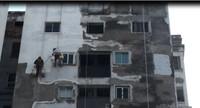 """Đô thị Nam Trung Yên: """"Sống trong sợ hãi"""" vì chất lượng nhà chung cư"""