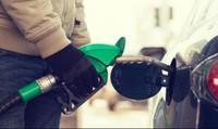 Lý do nước Mỹ suốt 25 năm giữ nguyên một mức thuế xăng dầu