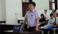 Bị cáo Đinh La Thăng tự bào chữa, cho rằng mình 'không có tội'
