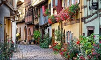 Những ngôi làng thanh bình ở nước Pháp