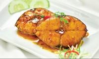 Cá thu kho nước dừa giải nhiệt ngày hè