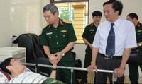 Lãnh đạo Tổng cục Chính trị thăm, tặng quà thương, bệnh binh tại Duy Tiên, Hà Nam