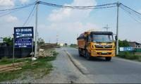 """Phản hồi bài viết """"các tuyến đê """"oằn mình"""" chống đỡ xe quá tải"""": Công an huyện Phú Xuyên tiếp thu, cảm ơn sự phản ánh"""