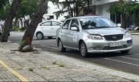 TP HCM: Khu dân cư biến thành bãi tập xe