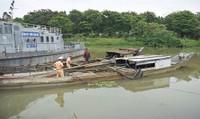 Phát hiện nhiều vụ khai thác cát trái phép trên sông Hương