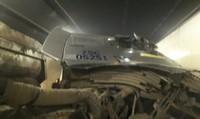 TNGT xe tải trong hầm Hải Vân, 2 người bị thương nặng