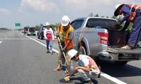 Bộ trưởng Bộ Giao thông Vận tải yêu cầu 'trảm' nhà thầu thi công ẩu trên cao tốc Đà Nẵng- Quảng Ngãihot