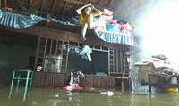 Miền Trung: 4 người chết và mất tích, hàng nghìn nhà dân bị ngập do mưa lũ