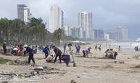 Đà Nẵng kêu gọi toàn thành phố dọn rác sau mưa lớn