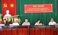 Bộ trưởng Lê Thành Long chia sẻ khó khăn với người dân vùng hạn mặn