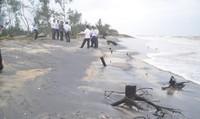 Thừa Thiên Huế:  Cảnh báo tình trạng sạt lở xâm thực đường bờ biển