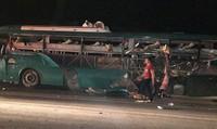 Nổ xe khách giường nằm tại Bắc Ninh, 2 người chết 12 người bị thương