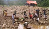Tiếp vụ khai thác vàng quy mô lớn tại Kon Tum: Cần xử lý nghiêm trách nhiệm của ngành môi trường
