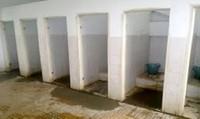 Bẩn như... nhà vệ sinh bệnh viện