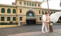 Ảnh cưới của Sĩ Thanh bị dân mạng chỉ trích phản cảm
