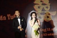 Quỳnh Nga - Doãn Tuấn hôn nhau đắm đuối trong tiệc cưới