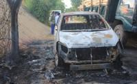 Ô tô Innova chở 7 người cháy trơ khung khi qua đường nhiều rơm rạ