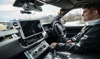 Khám phá công nghệ đỗ xe tự động giảm căng thẳng cho người lái