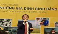 Bài học quý ngày 8/3 của ông Đại sứ Thụy Điển tại Việt Nam