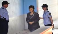 Cựu Tổng thống Hàn Quốc bị tố nhận tiền hối lộ từ cơ quan tình báo